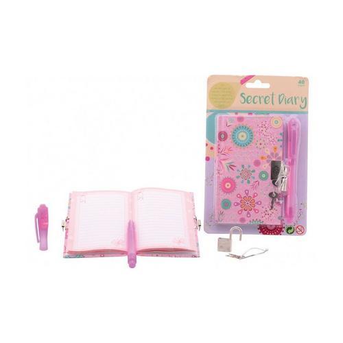 Dagboek met slot en pen